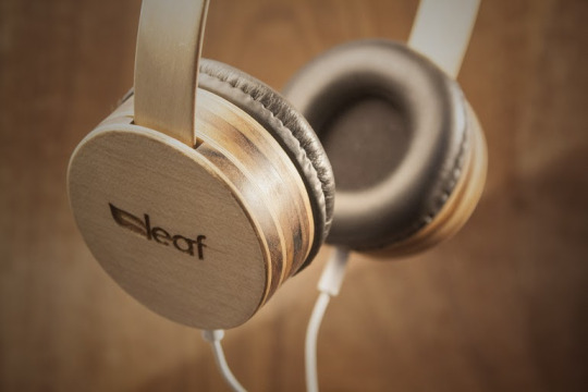 Wishlist: HeadPhones em madeira da Leaf