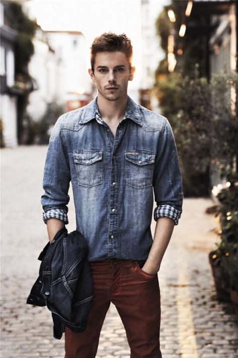calca-vinho-masculina-camisa-jeans-clar